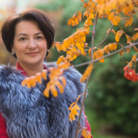 Елена Сукманова
